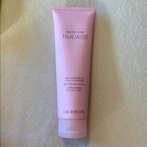 New Mary Kay Timewise Age Minimize 3D cleanser